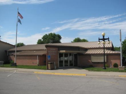 Traer Memorial Building